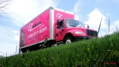 E-Z Movers: pink truck